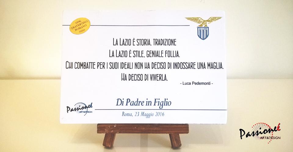 Fronte della Targa disegnata da Passioneé Art&Design e data in omaggio ai giocatori durante l'evento
